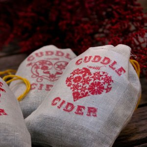 chewing-the-cud-cuddle-cider